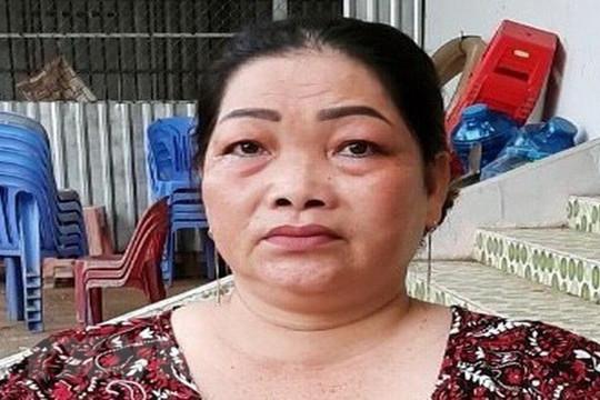 Bắt giữ 'nữ quái' 50 tuổi vận chuyển 4 kg cần sa