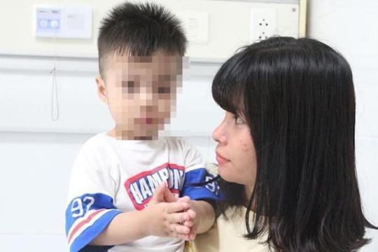 Số trẻ mắc tay chân miệng tăng gấp 5-6 lần