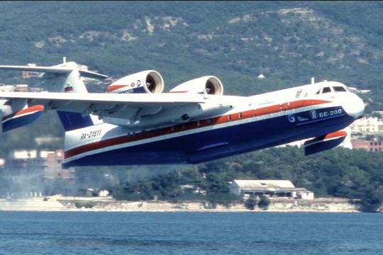 Hải quân Nga nhận chiếc thủy phi cơ Be-200 đầu tiên