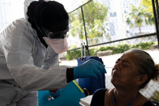 Tin vắn thế giới ngày 18/7: Toàn cầu trên 14 triệu người mắc COVID-19; Florida - tâm dịch mới của Mỹ