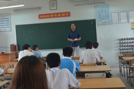 Ban chấm thi vào lớp 10 ở Hà Nội sẽ có 50% giáo viên THCS, 50% giáo viên THPT