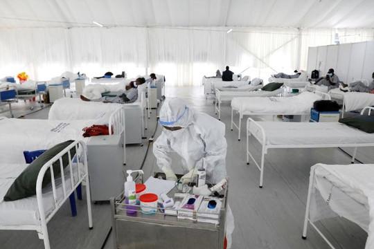 Số ca nhiễm Covid-19 tăng mạnh tại mọi khu vực trên toàn cầu