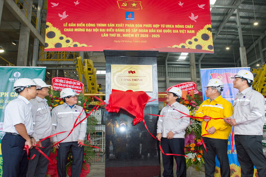 PVN: Nỗ lực đưa các dự án về đích đúng tiến độ chào mừng Đại hội Đảng