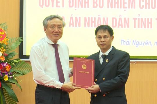 Trao Quyết định bổ nhiệm Chánh án TAND tỉnh Thái Nguyên