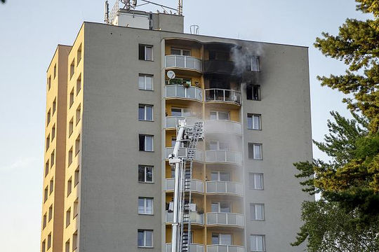 Cháy lớn tại chung cư ở Czech, ít nhất 21 người thương vong