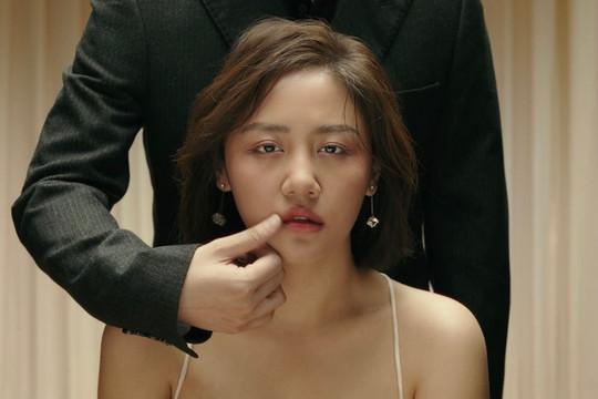 """Văn Mai Hương tung teaser MV """"Đốt"""": Tôi đang hóa vàng cuộc tình mình"""