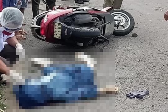 Sau tiếng nổ từ đống rác bên đường, một phụ nữ tử vong