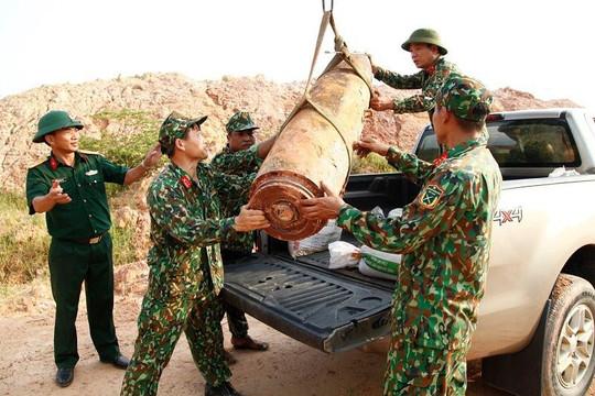 Quảng Ninh: Phát hiện quả bom nặng 450 kg khi san lấp mặt bằng