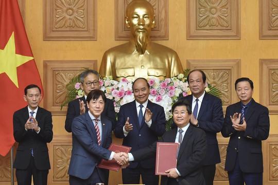 Thủ tướng Nguyễn Xuân Phúc làm việc, toạ đàm với các doanh nghiệp Nhật Bản
