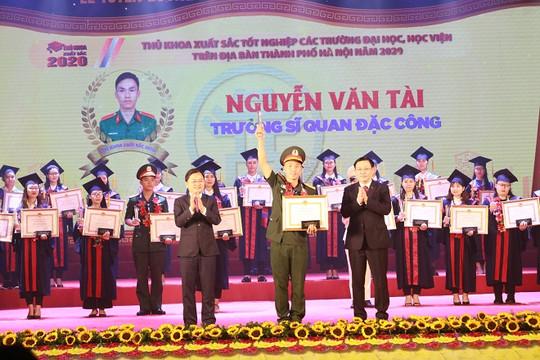 Hà Nội vinh danh 88 thủ khoa xuất sắc tốt nghiệp các trường đại học, học viện