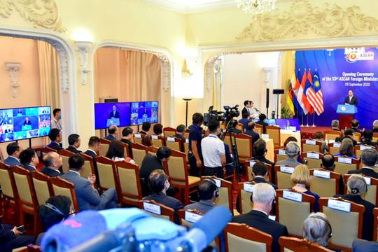 """Chủ tịch ASEAN 2020: Gắn kết và chủ động thích ứng đã trở thành """"thương hiệu"""" của ASEAN"""