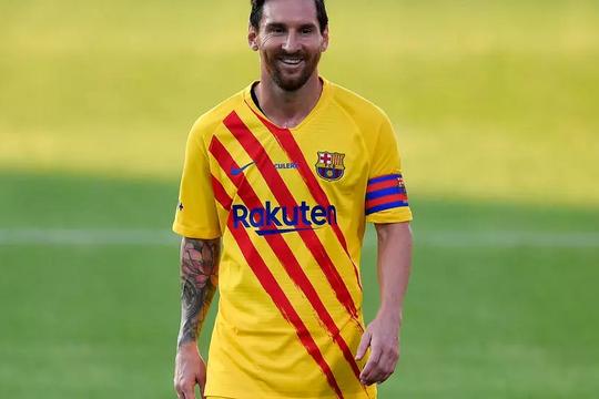 """Pjanic: """"Tôi không bao giờ có thể nghĩ tới việc Messi sẽ khoác áo CLB khác"""""""