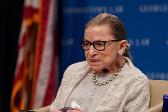 Thẩm phán Tòa án Tối cao Mỹ Ruth Bader Ginsburg qua đời ở tuổi 87