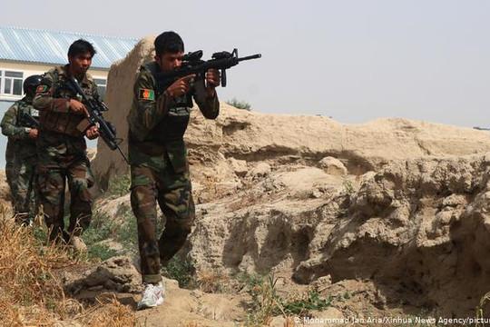 Tin vắn thế giới ngày 20/8: Không quân Afghanistan không kích Taliban, hơn 30 tay súng thiệt mạng
