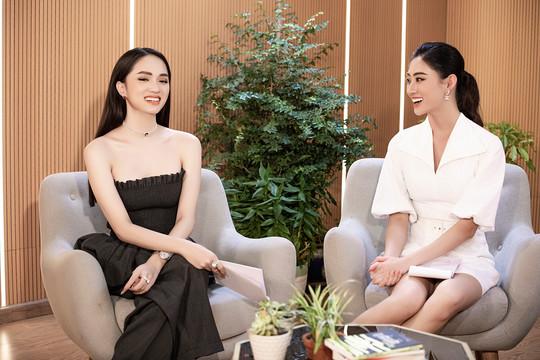 """Hoa hậu Hương Giang đối mặt với dư luận """"trái chiều"""" khi công khai chuyện yêu đương"""