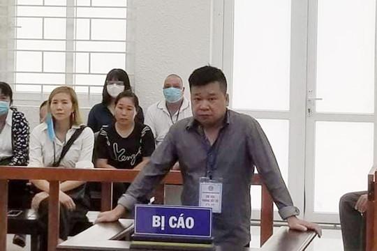 Lĩnh án tù vì lừa chạy việc vào hải quan sân bay