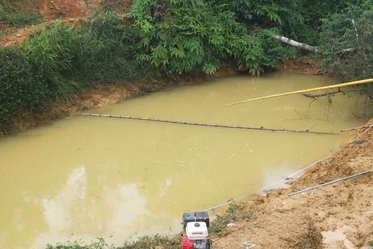Ba cháu bé chết đuối dưới hồ chứa nước tưới cà phê
