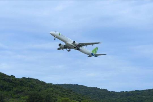 Khai trương 3 đường bay thẳng, Bamboo Airways tặng 1 tỷ đồng tiền mặt hỗ trợ hộ nghèo Côn Đảo