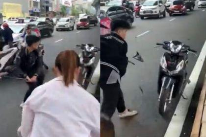 Bắt giam nam thanh niên đập phá xe máy sau va chạm giao thông với bà bầu