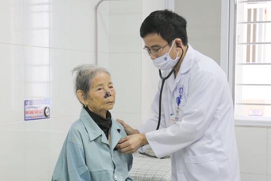 Cứu sống bệnh nhân bị nhồi máu cơ tim cao tuổi nhất Việt Nam