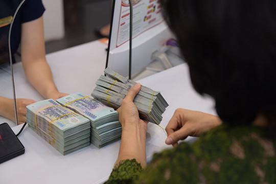 Xử lý tín dụng đen núp bóng cho vay tiền online