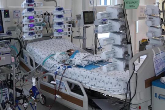 Bé 4 ngày tuổi mắc bệnh tim bẩm sinh hồi sinh nhờ ECMO