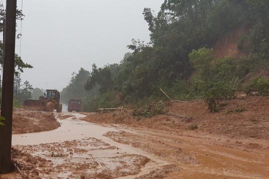 Sạt lở nghiêm trọng tại khu vực đóng quân của Đoàn Kinh tế 337