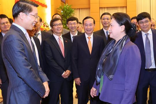 Chủ tịch Quốc hội: Các Đại sứ ở nước ngoài cần quan tâm dạy tiếng Việt cho con em kiều bào