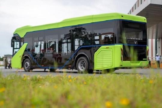 Xe bus điện: Khởi đầu một lối sống văn minh