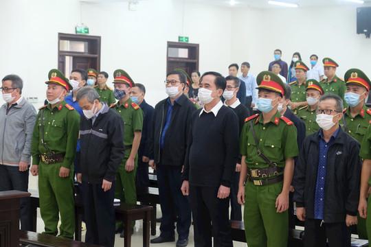 """Xét xử vụ án xảy ra tại BIDV: Các bị cáo nói gì về """"sức ép"""" của ông Trần Bắc Hà?"""