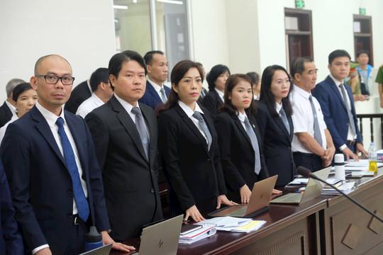 """Luật sư nói gì về việc thân chủ của mình phải chịu """"áp lực"""" từ ông Trần Bắc Hà?"""