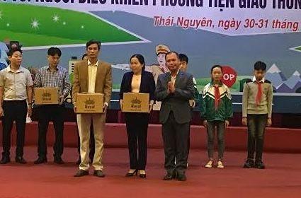 """Thái nguyên: Trao giải cuộc thi """"Tìm hiểu pháp luật về trật tự ATGT"""""""