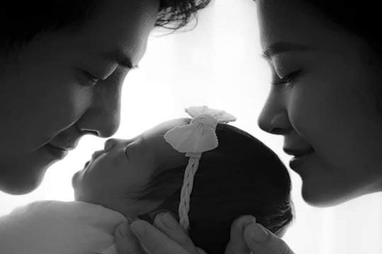 Đông Nhi, Ông Cao Thắng tiết lộ tên ái nữ nhân kỷ niệm một năm ngày cưới