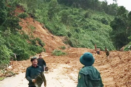 Quảng Nam: Lại xảy ra sạt lở khi tìm kiếm người mất tích