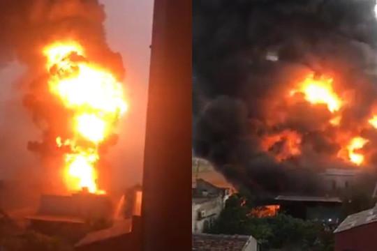 Nam Định: Cháy lớn tại xưởng gỗ, nhiều vật dụng bị thiêu rụi