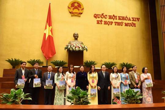 Chủ tịch Quốc hội gặp mặt nhà giáo tiêu biểu năm 2020