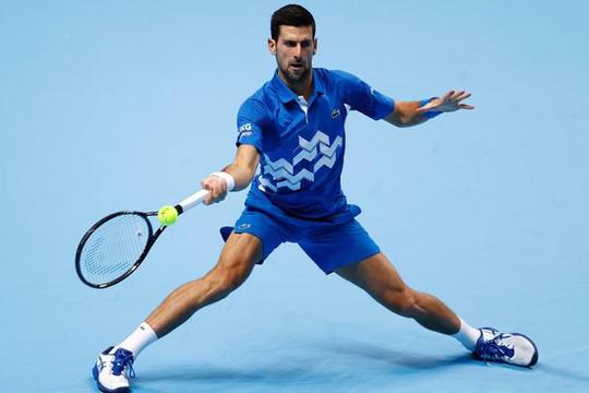 ATP Finals: Djokovic hạ Schwartzman ở trận ra quân