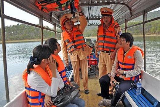 10 tháng đầu năm 2020 xảy ra 52 vụ tai nạn đường thủy