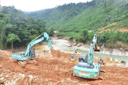 Tiếp tục tìm kiếm công nhân mất tích tại Thủy điện Rào Trăng 3