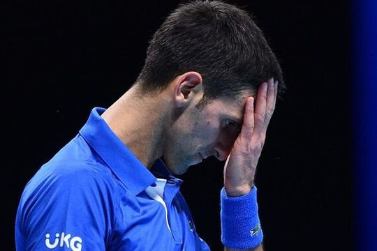 ATP Finals: Djokovic thua nhanh Medvedev