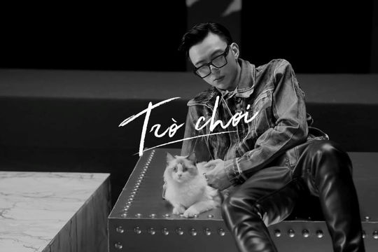 """Sau khi gây hoang mang cho fan hâm mộ bởi dòng trạng trái """"Xin lỗi"""", Soobin Hoàng Sơn chính thức comeback với sản phẩm âm nhạc mới đậm chất """"Bad boy"""""""
