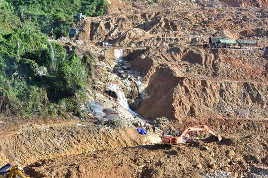 Phát hiện một thi thể công nhân tại khu vực lòng sông Rào Trăng 3