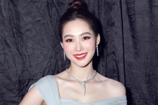 Hoa hậu Đặng Thu Thảo gây sốt với nhan sắc tại đêm Chung kết Hoa Hậu Việt Nam 2020