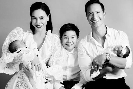 Hồ Ngọc Hà - Kim Lý lần đầu công khai ảnh gia đình 5 người