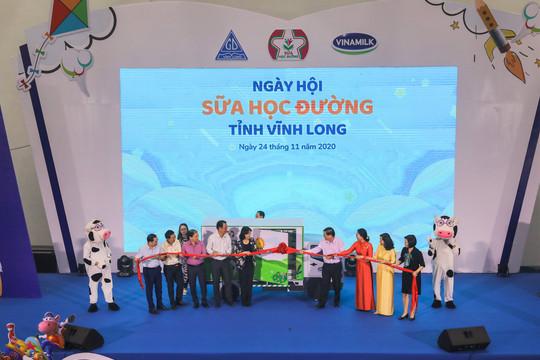 """Tỉnh Vĩnh Long và Vinamilk tổ chức """"Ngày hội sữa học đường"""" – hoạt động nằm trong chương trình sữa học đường giai đoạn 2018 - 2021"""
