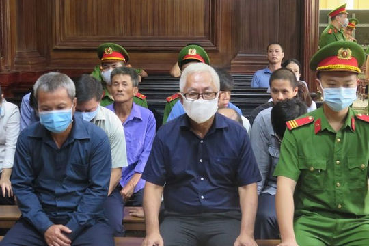 Bị cáo Trần Phương Bình lĩnh thêm án chung thân trong vụ gây thất thoát 8.800 tỉ đồng