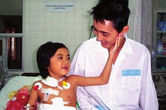 Bệnh nhân ghép gan đầu tiên tại Việt Nam qua đời