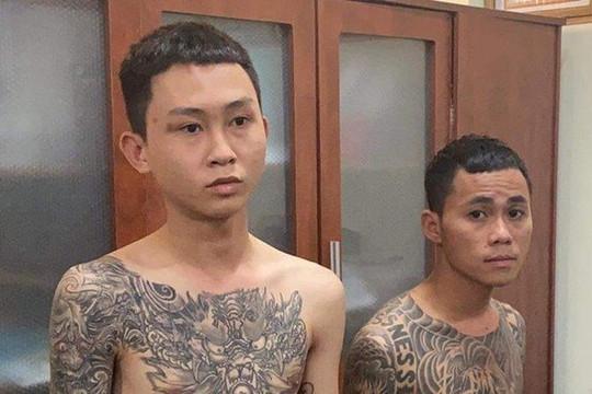 Bắt 2 thanh niên dùng súng AK bắn người khi hỗn chiến