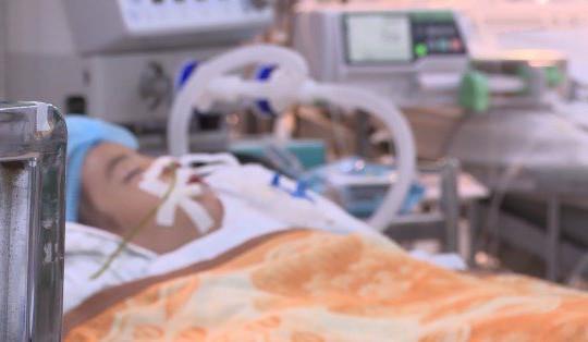 Bắt người mẹ bạo hành con gái 3 tuổi dẫn đến chấn thương sọ não