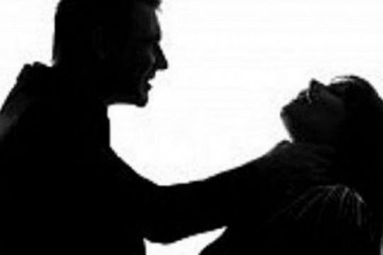 Bắt khẩn cấp nghi can sát hại bạn gái trong nhà nghỉ